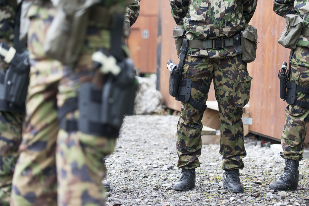 SCHWEIZER ARMEE, AUSBILDUNG, SWISSCOY, AUSBILDUNG SWISSCOY, KFOR, MISSION KOSOVO FORCE, SOLDAT, SOLDATEN,