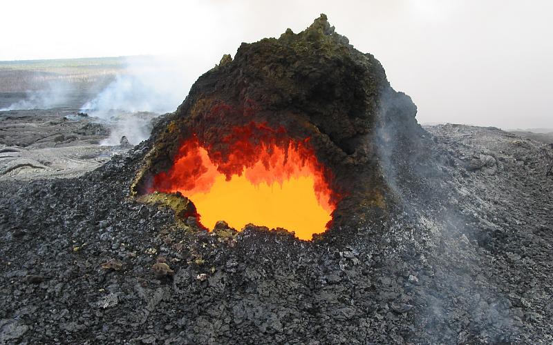 20020927-jk-2997_volcano